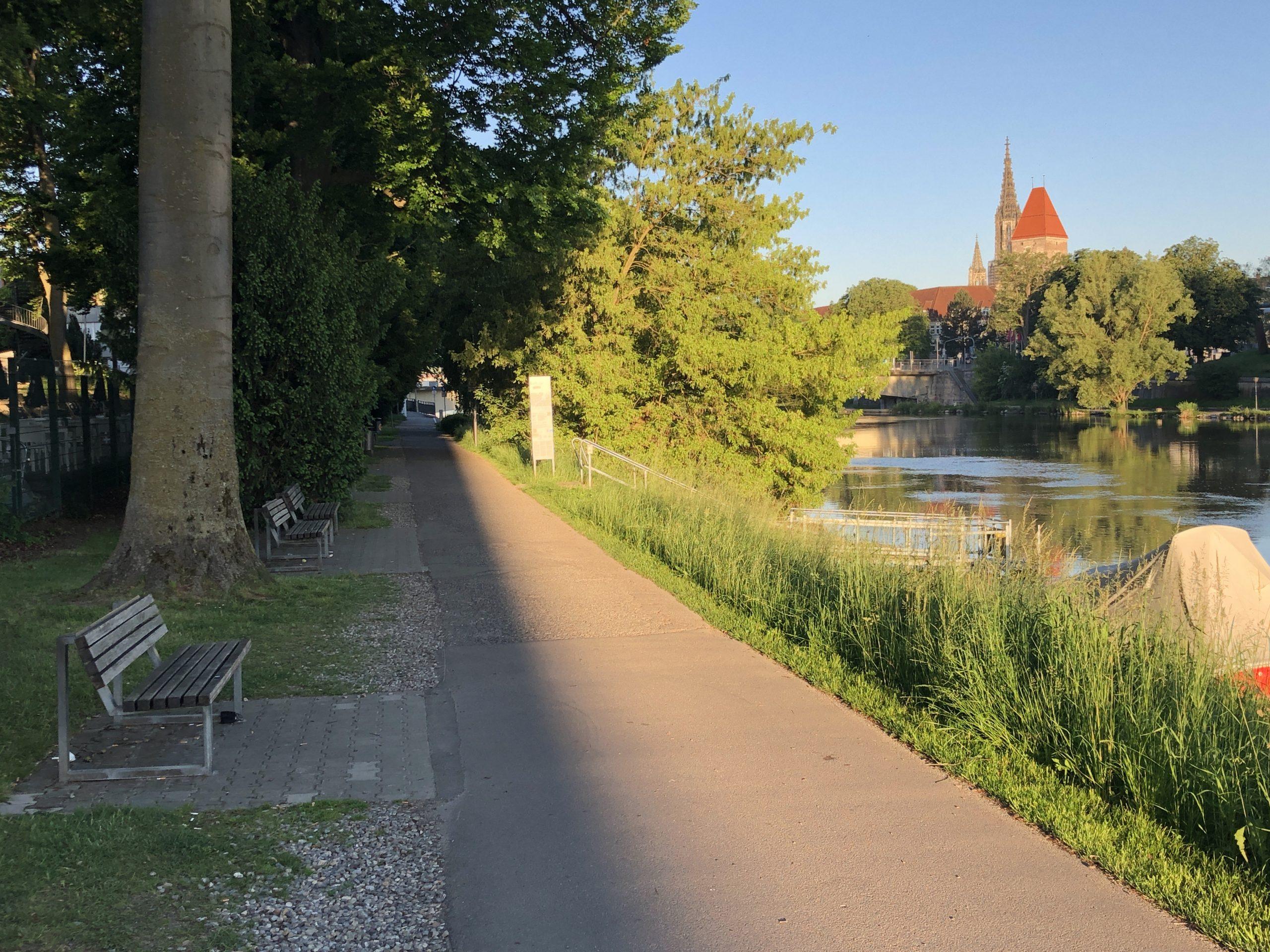 Neugestaltung des Donauuferweges zwischen Gänstor-Unterführung und Kantstraße